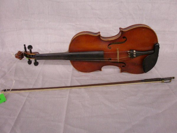 3019: Copy of Antonius Stradivarius viola