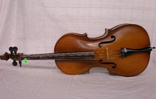 3020: Engelhardt model E 112 cello