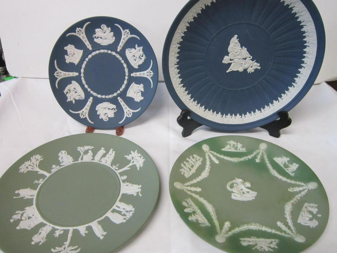 4 Wedgwood Jasperware Plates