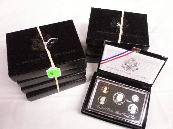 2007: 8 U.S. Mint silver proof sets