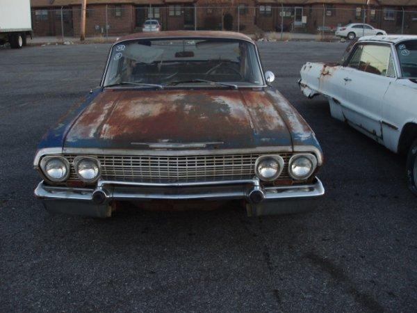 1008: 1963 Chevrolet Biscayne sedan