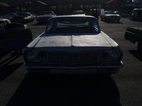 1018: 1964 Chevrolet Impala coupe