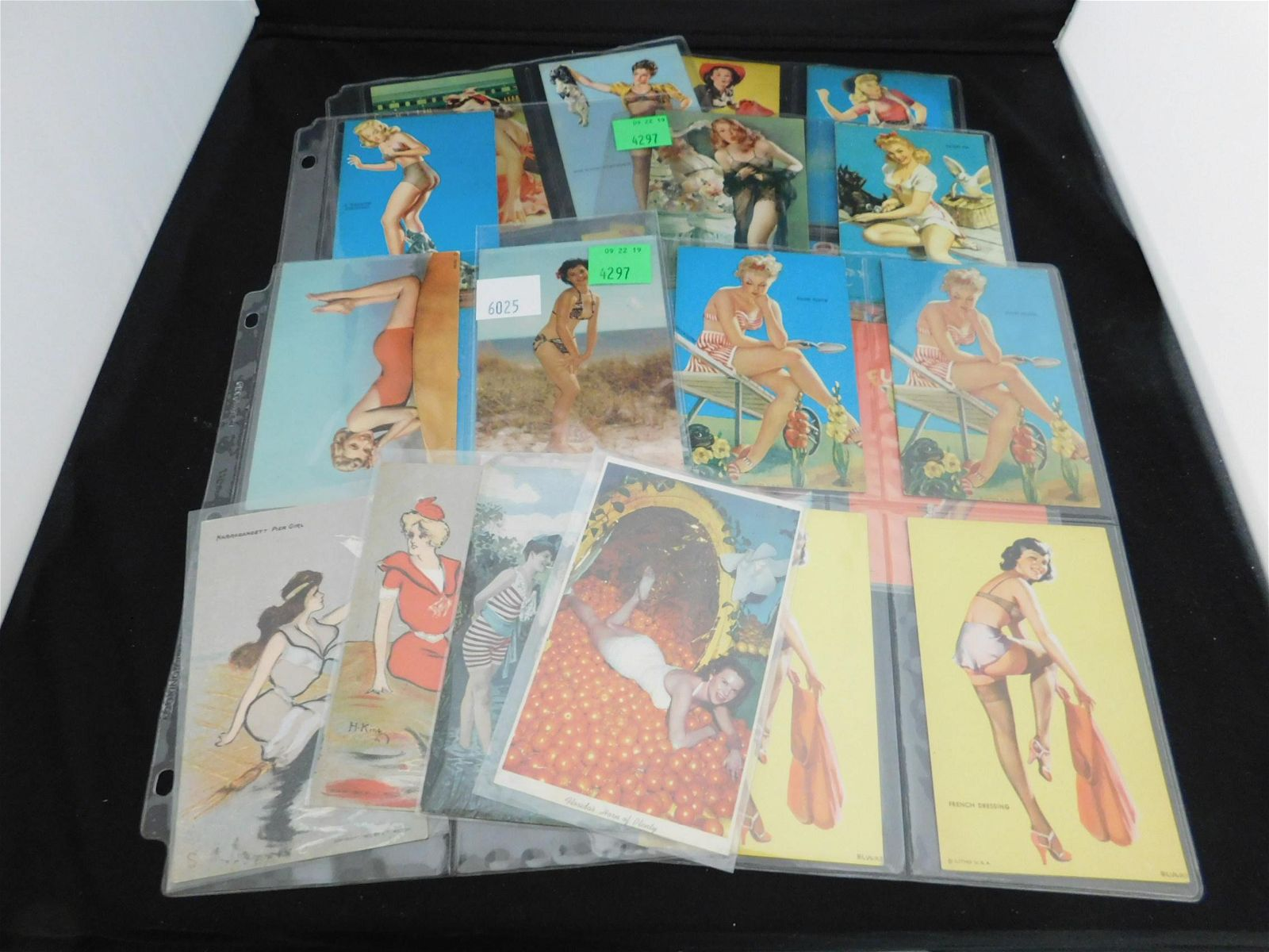 Lot Arcade Litho Pin Up, French & Naughty Postcard