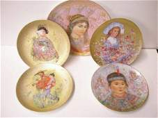 4323 Edna Hibel collector plates