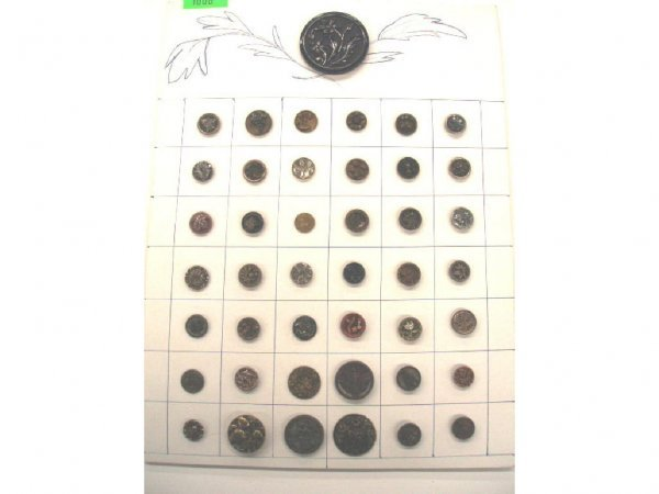 1006: Late 19th to early 20th C. buttons