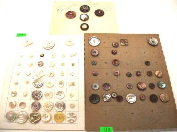 1011: Early to mid 20th C. buttons