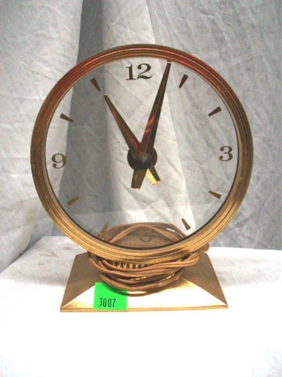 3007: Mystery Clock
