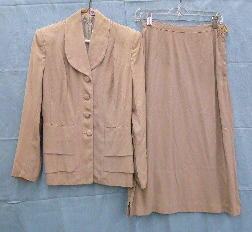 1102: Wool gabardine suit