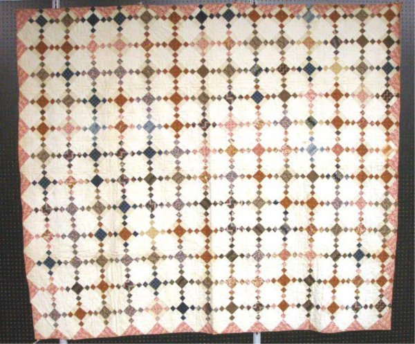 4002: Diamond Link Pattern Quilt