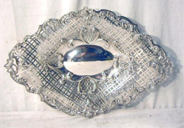 4014: English Sterling Silver Center Bowl