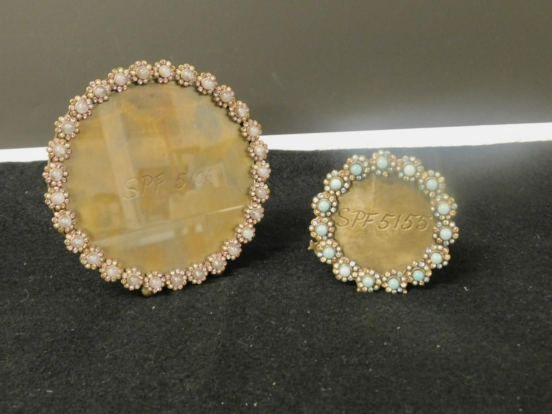 2 Jay Strongwater Round Picture Frames