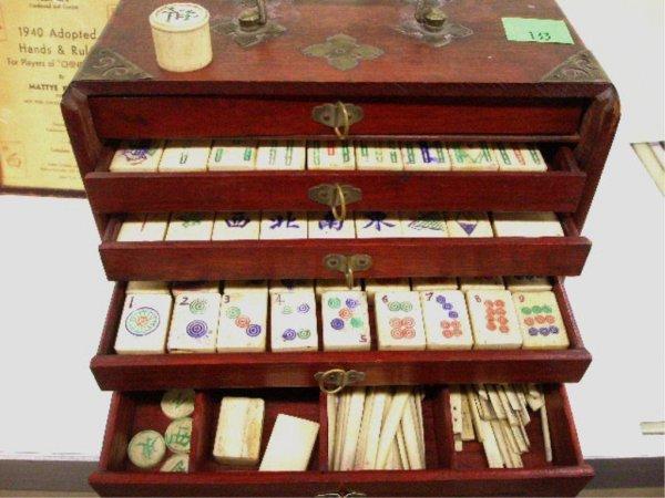 2133: Chinese Ivory & bamboo Mah Jong Set