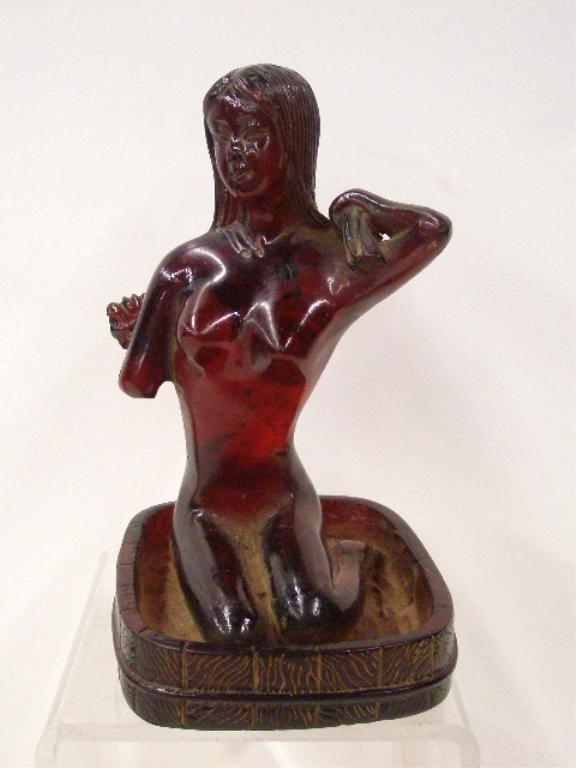 Chinese Amber Bathing Geisha Figure