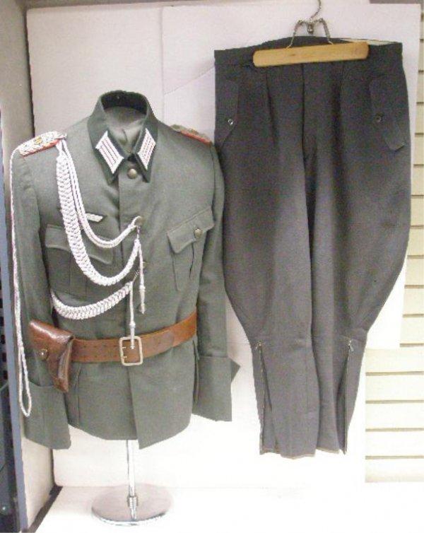 W. W. II German Artillery Major's Dress Tunic