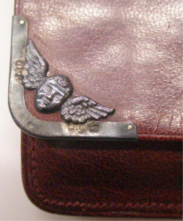 2013: English Silver Mounted Leather Wallet - 2