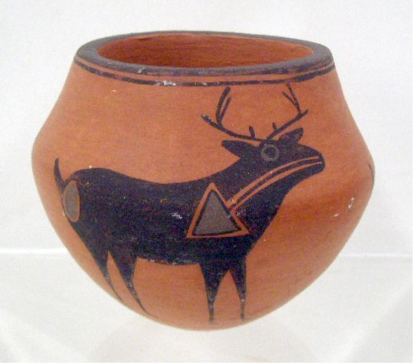 2022: Lucy & Dolores Lewis Acoma Pottery Jar
