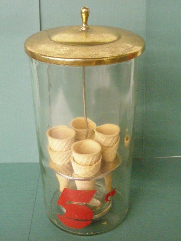 1054: Vintage Glass Ice Cream Cone Display Jar