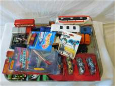 Assorted Die Cast Cars & Vehicles