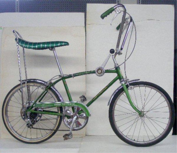 1001: 1960's Schwinn Stingray 5 Speed Bicycle