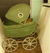 1007 1930s Childs Wicker Doll Carriage