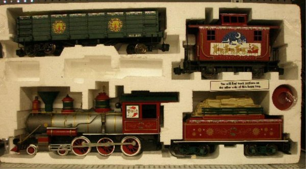 1010: Bachman G-Scale Christmas Train Set