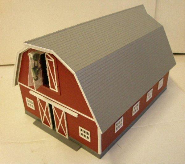 1013: MTH Rail King Red Barn