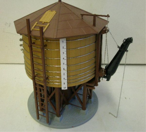 1014: MTH Rail King Water Tower