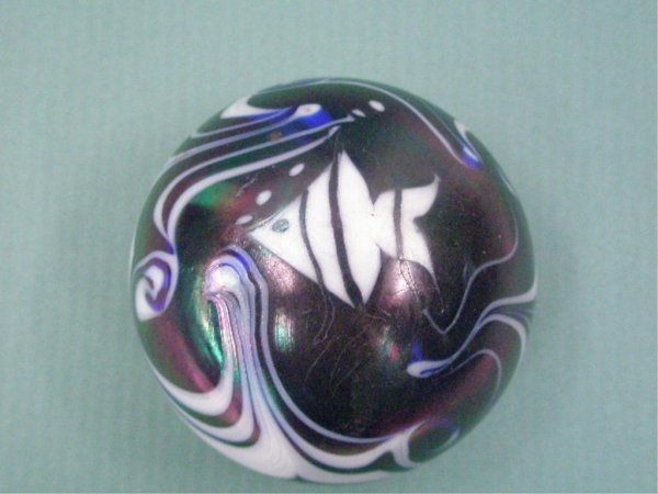 2006: Contemporary Art Glass Paperweight