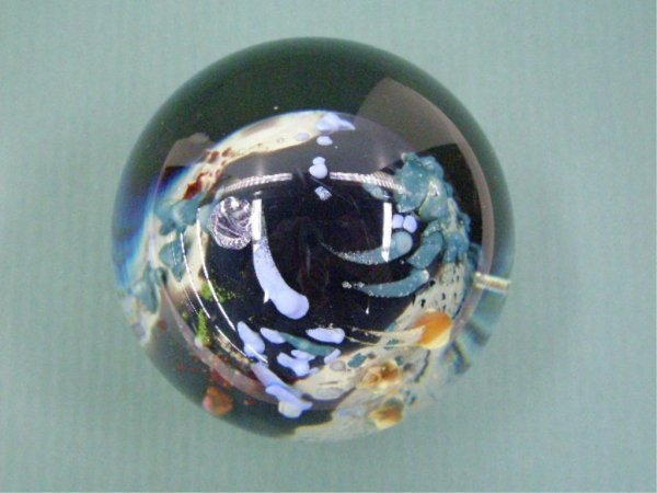 2008: Contemporary Art Glass Paperweight