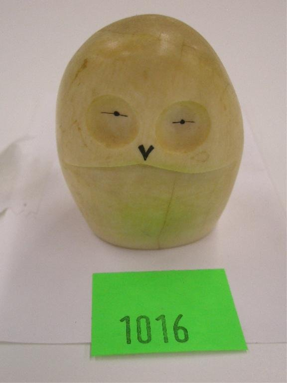1016: Eskimo Ivory Tooth Owl Carving
