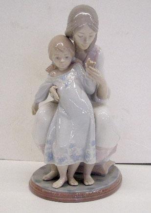 2001: Lladro Porcelain Tenderness Figure