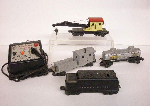 1012: Post War Lionel Trains & Transformer