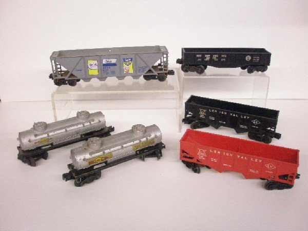 1015: Post War Lionel Trains