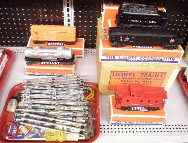 1018: Post War Lionel Freight Train Set