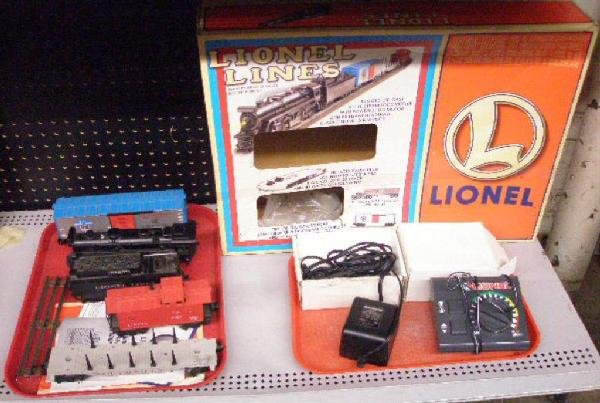 1020: Modern Era Lionel Freight Train Set