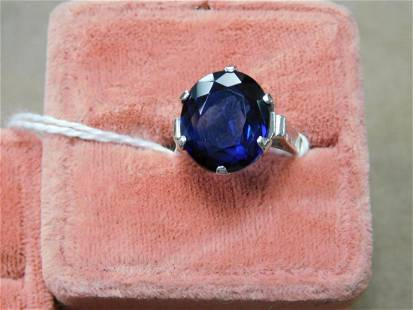 Gold & Sapphire Lady's Ring