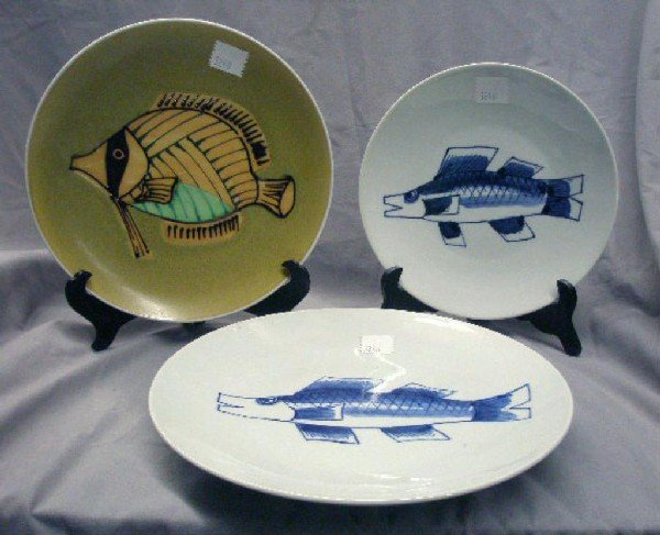 Three Japanese Porcelain Fish Chargers