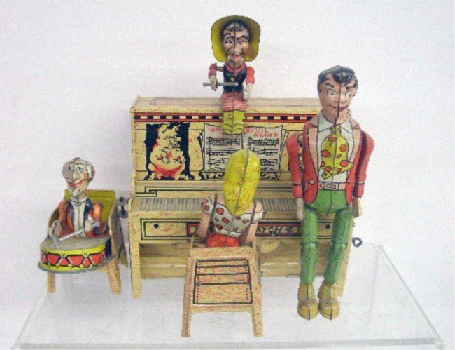 113: Unique Art Tin Wind-Up Lil Abner Dogpatch Band