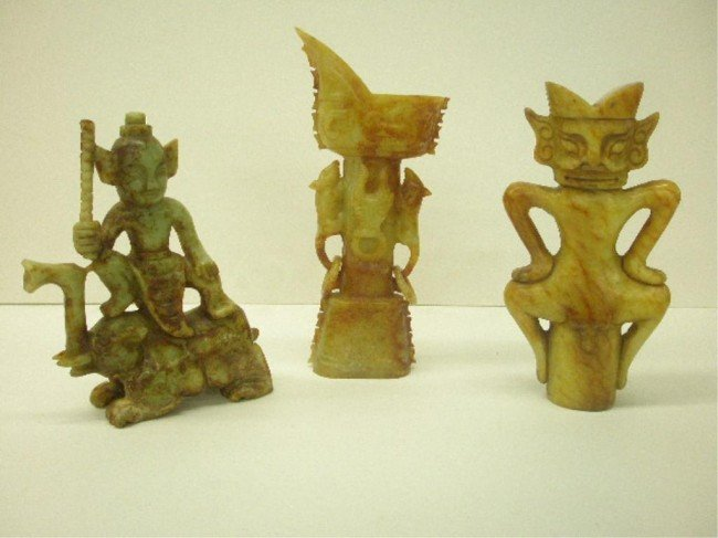 1022: Three Chinese Hardstone Carvings