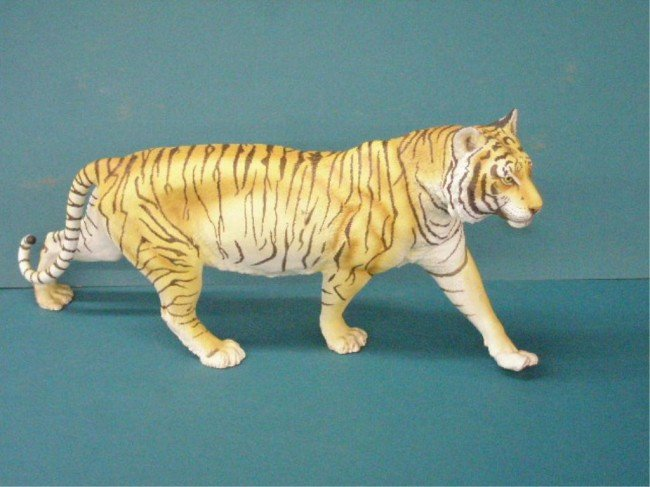 2068: Franklin Mint On The Prowl Tiger Sculpture