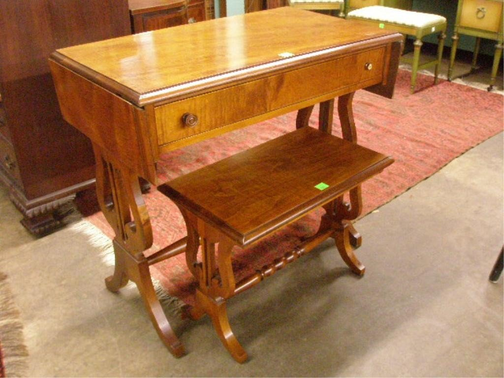 1396: Console Table/Desk & Bench