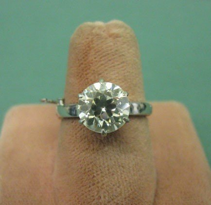 2169: Platinum & 2.25 CT Diamond Ring