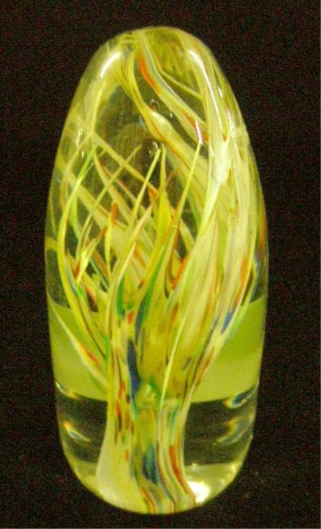 10: Strathearn Glass P5 Tropic Paperweight