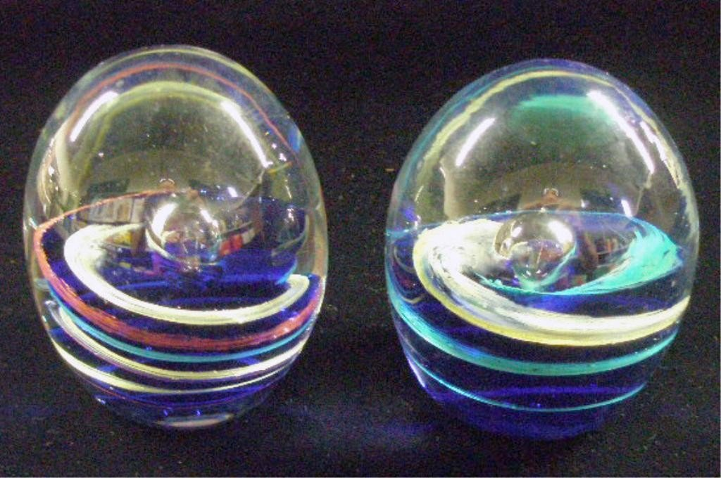 22: Contemporary Glass Egg Form Paperweights