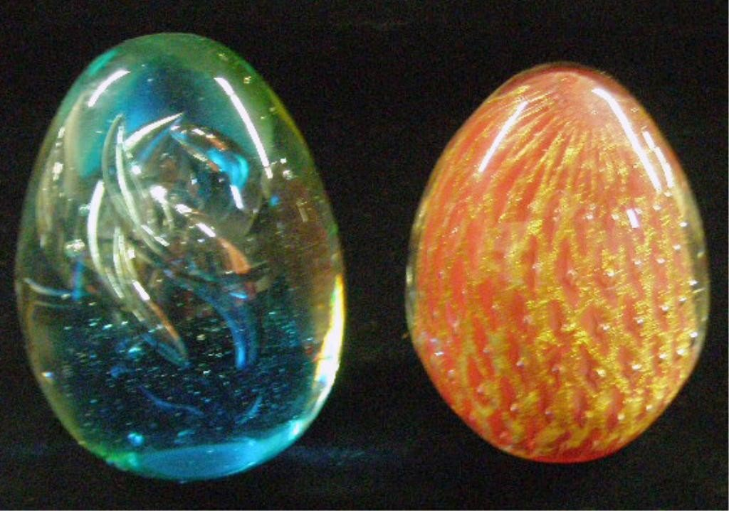 23: Murano & Contemporary Glass Egg Form Paperweights