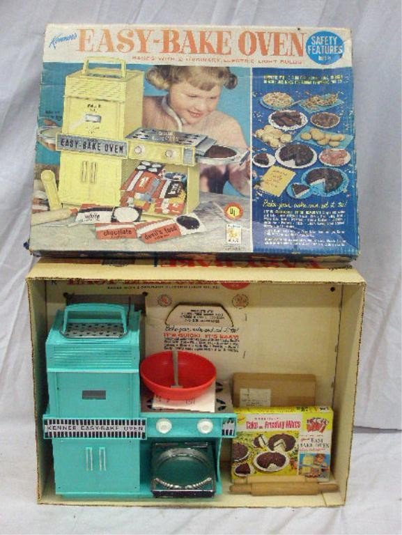 158: 1964 Kenner Easy-Bake Oven