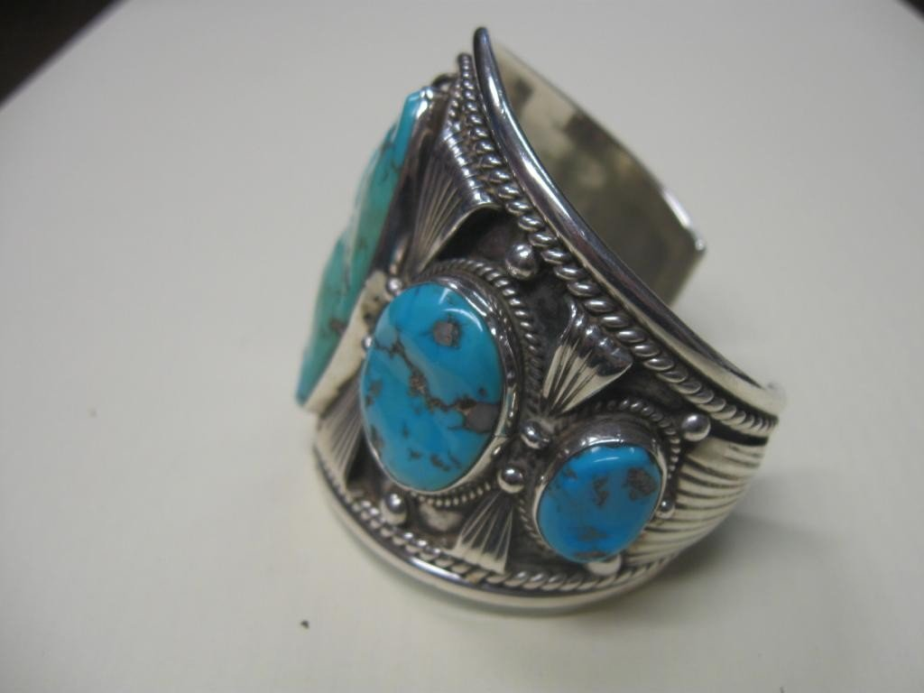 1021: Old Pawn Native American Bracelet