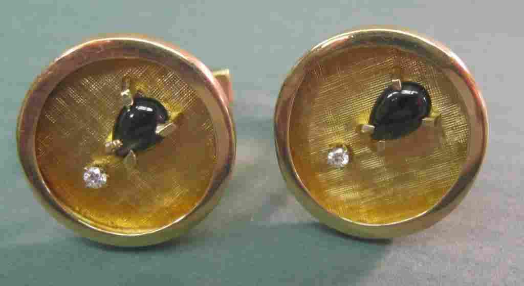 2210: 14k Yellow Gold & Diamond Cufflinks