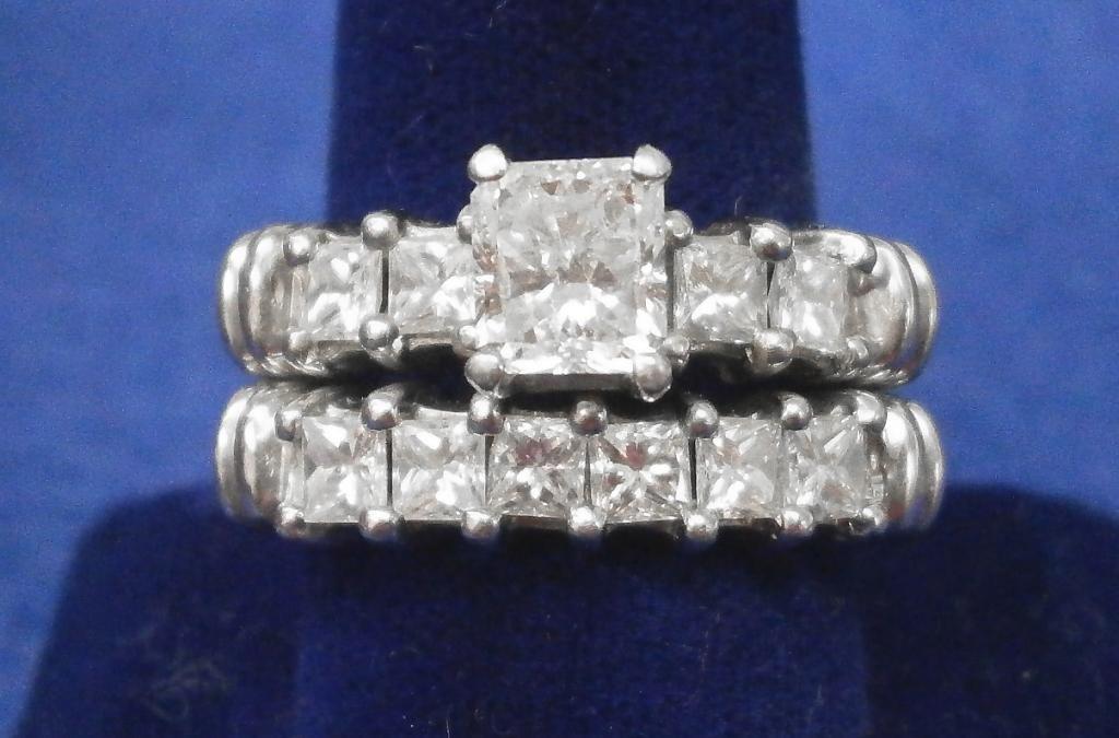2249: Platinum & Diamond Wedding Set