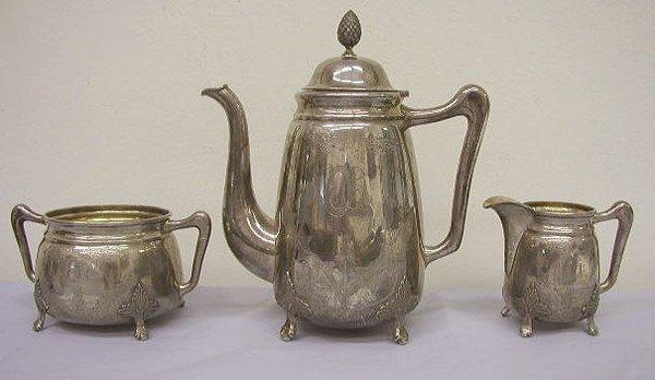 8001: Finish 813 silver 3 pc tea set